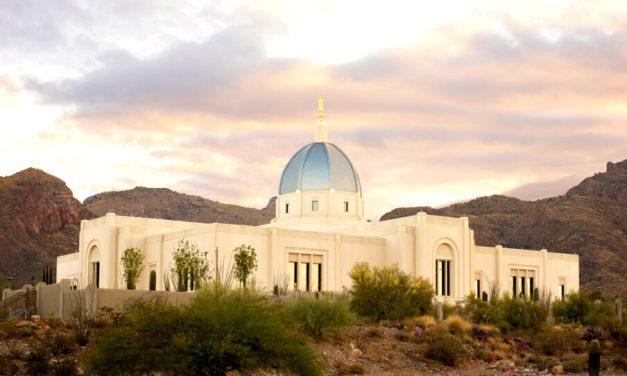 Templo de Tucson, Arizona, bajo vigilancia de evacuación por incendio