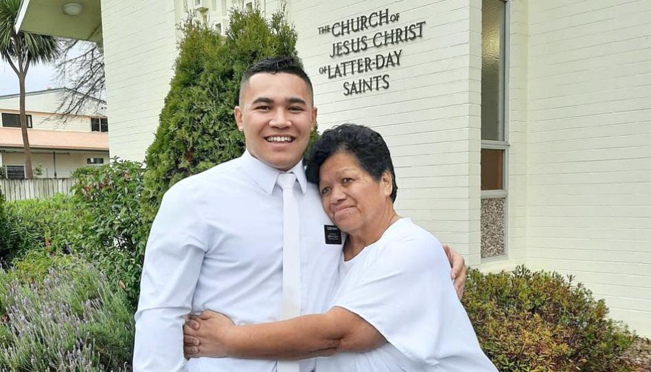misionero Elder Morris
