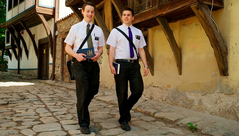 3 formas de ayudar a los misioneros a compartir el Evangelio durante el COVID-19