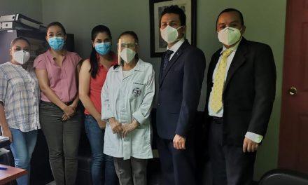 La Iglesia de Jesucristo dona equipos médicos a hospital en Guatemala