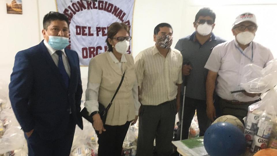 donación a personas ciegas