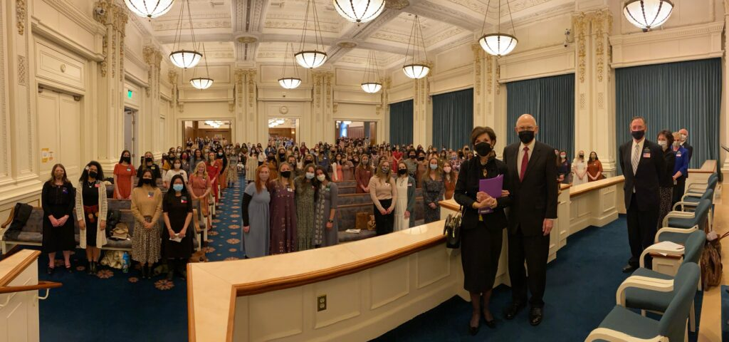 la iglesia verdadera - presidente Oaks
