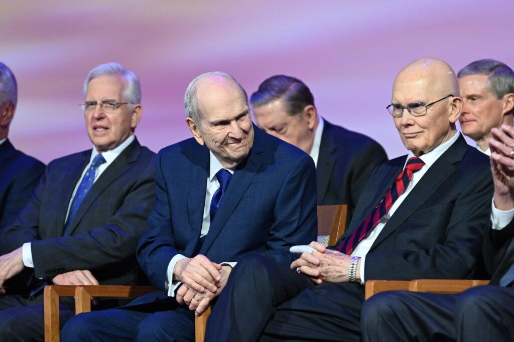 presidente Nelson y apóstoles 2021