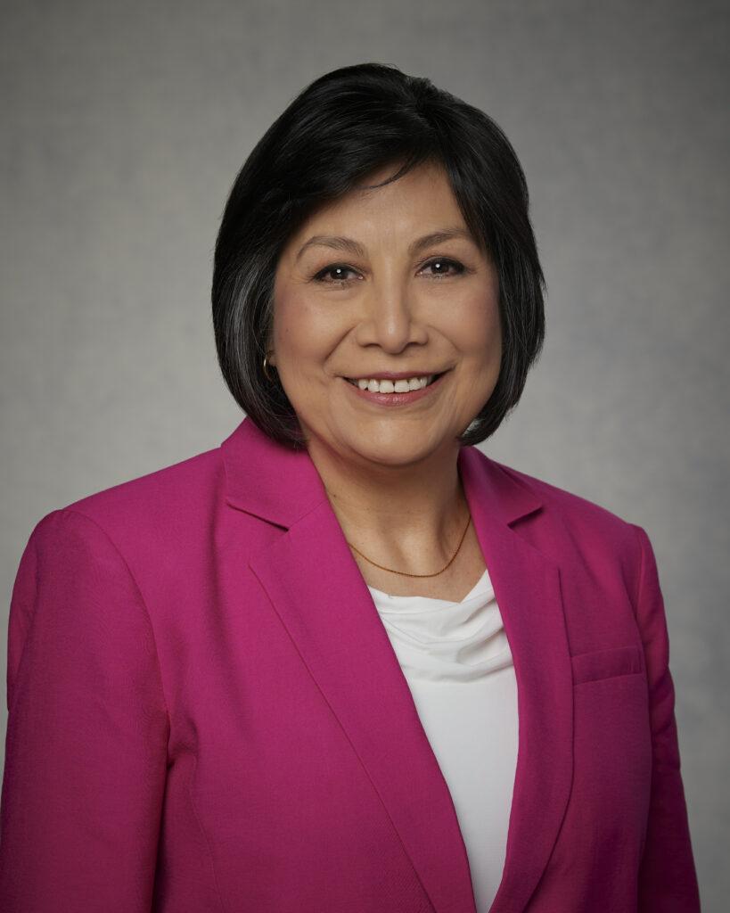 Renee M. Arteaga - lider latina Primaria