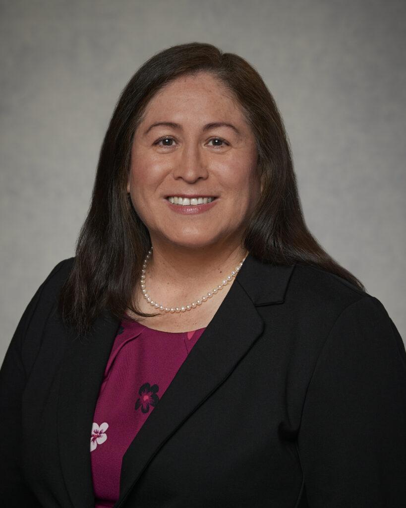 Silvia Martel - lider latina Primaria