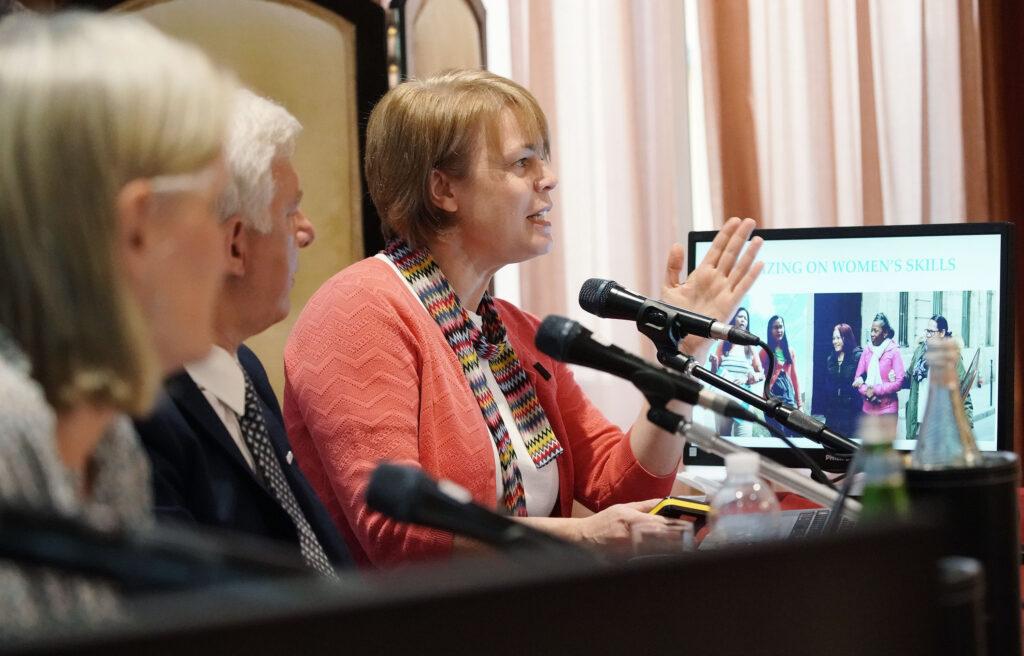 Sharon Eubank - G20
